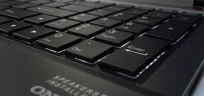 teclado-retroiluminado-1-titanium-G1511-new
