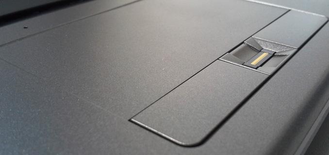 touchpad-2-titanium-G1511-new